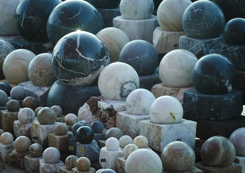 כפר הסלעים מבית סלעים.קום,סלעים לגינה